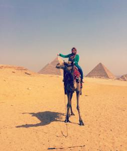 123_egypt_pyramid_camel_grab